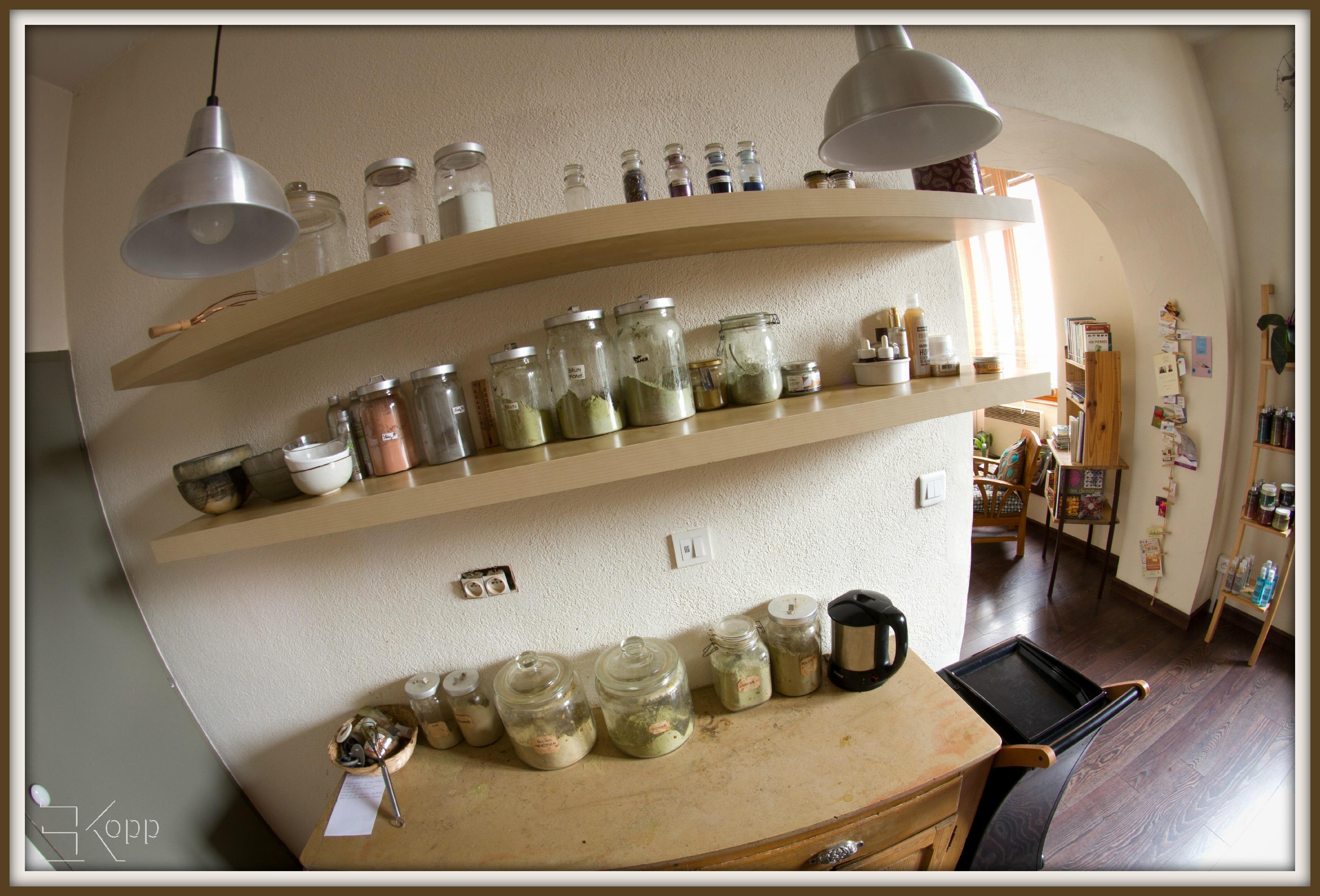L'étagère des ingrédients magiques :)