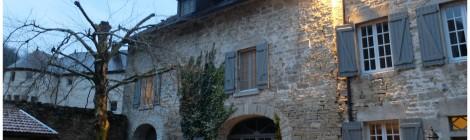 A l'ombre du Château - maison d'hôtes au pied du Lison !