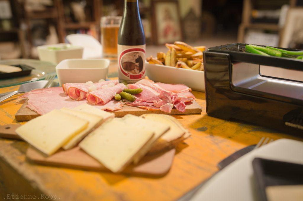 plateau raclette franche comtéplace du local