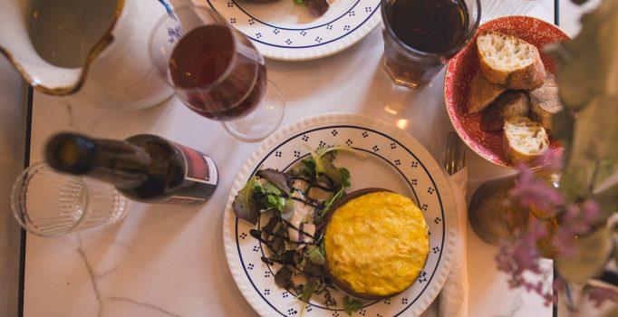 Mo(n)Café Belfort - Salon de thé, brunch et restauration joliment rétro