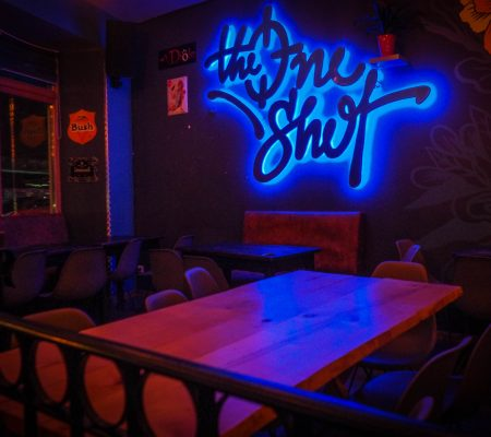 The One Shot, nouvelle version - Bar, burgers et Jeux - Belfort